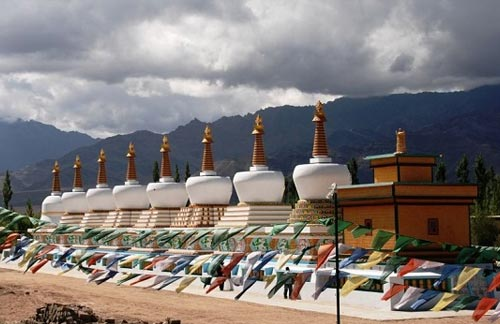 Moonland Monks and Monasteries Tours